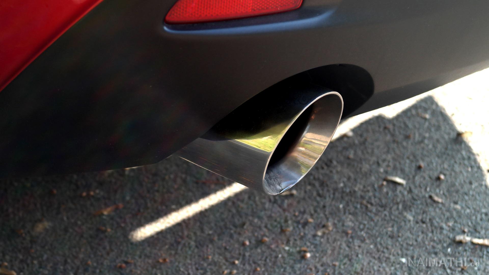 ATH Hinsberger Hochleistungs-Endschalldämpfer an Mazda 3