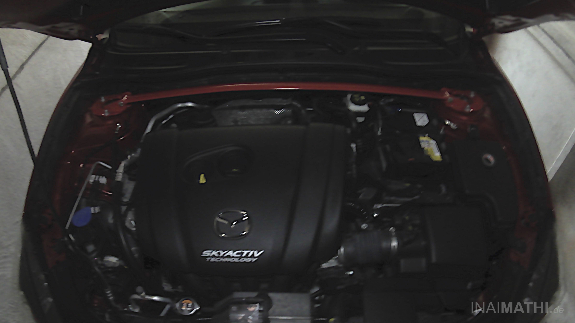 Wiechers Sport Stahldomstrebe für Mazda 3